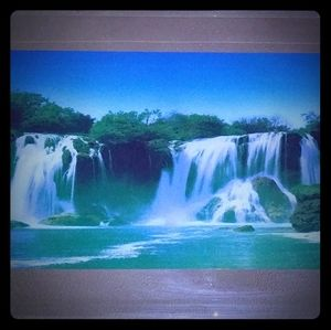 Lighted waterfall mirror w/sound!